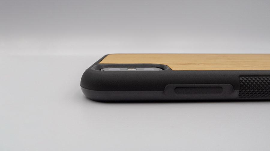 WOODWEのウッドケースはカメラ部分もしっかり保護