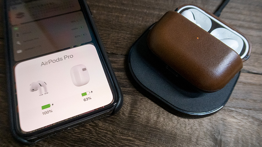 NOMAD Rugged Case for AirPods Proをワイヤレス充電